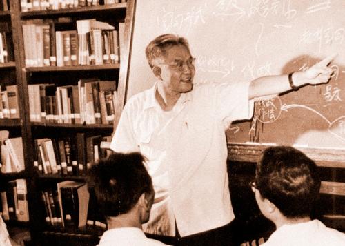 深切缅怀丨中国的人工智能先驱、数学大师吴文俊先生逝世,祝吴先生在天堂笑容永存